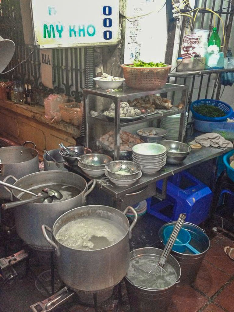 Street Food Hanoi Kitchen I First Time Visitor Tips- Hanoi & Halong Bay