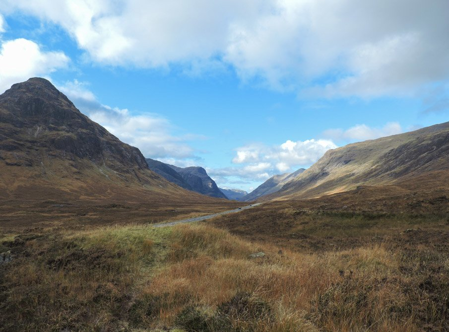 Backpackers Britain: Northern Scotland: Thirty two- and three-day treks: 3