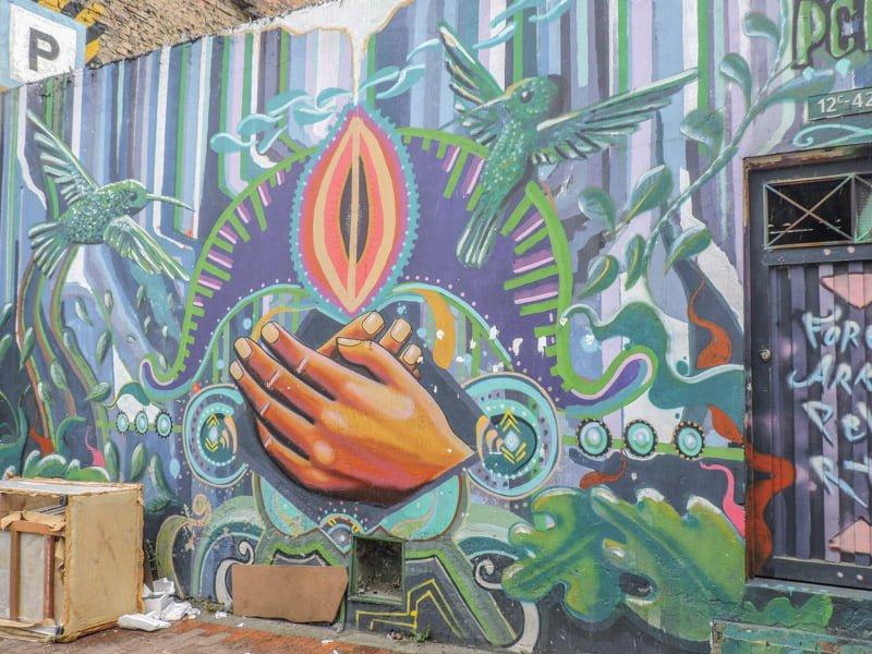 Bogota Graffiti Tour - La Candelaria v Chapinero, Bogota