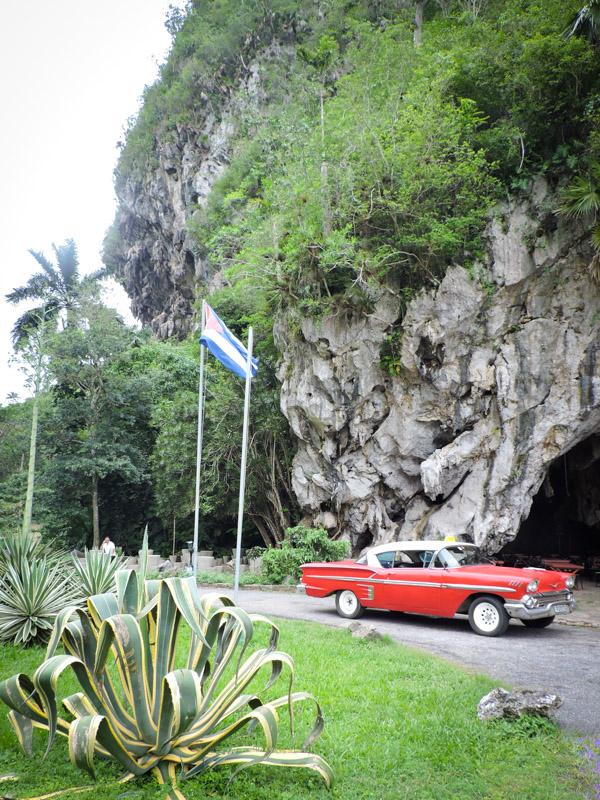 Cuba Car Mogote Vinales