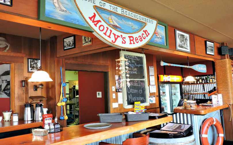 Molly's Reach Restaurant Gibsons BC