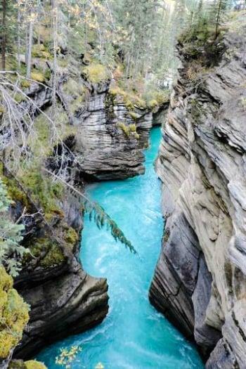 Athabasca Falls Rockies Lakes