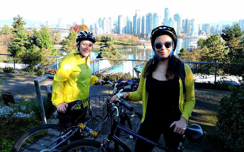 Sea Wall Cycle POTF 15 Fan Girls for Van
