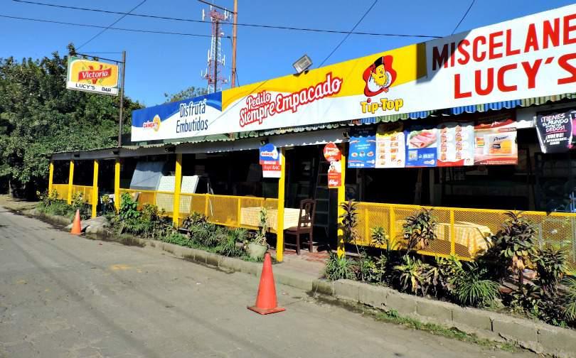 Lucy's Bar Managua Hostal Monte Cristi, Managua