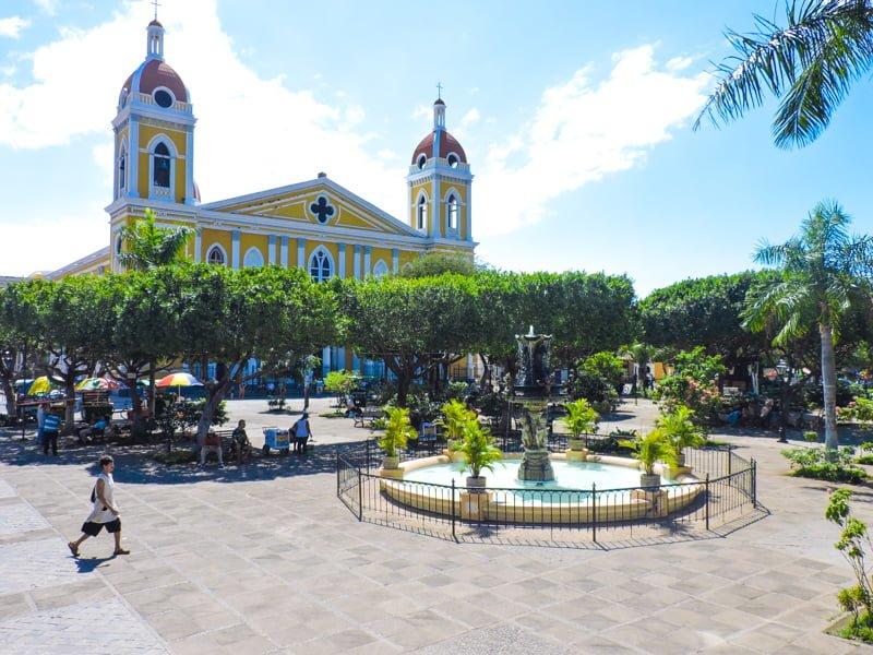Granada | Backpacking in Nicaragua