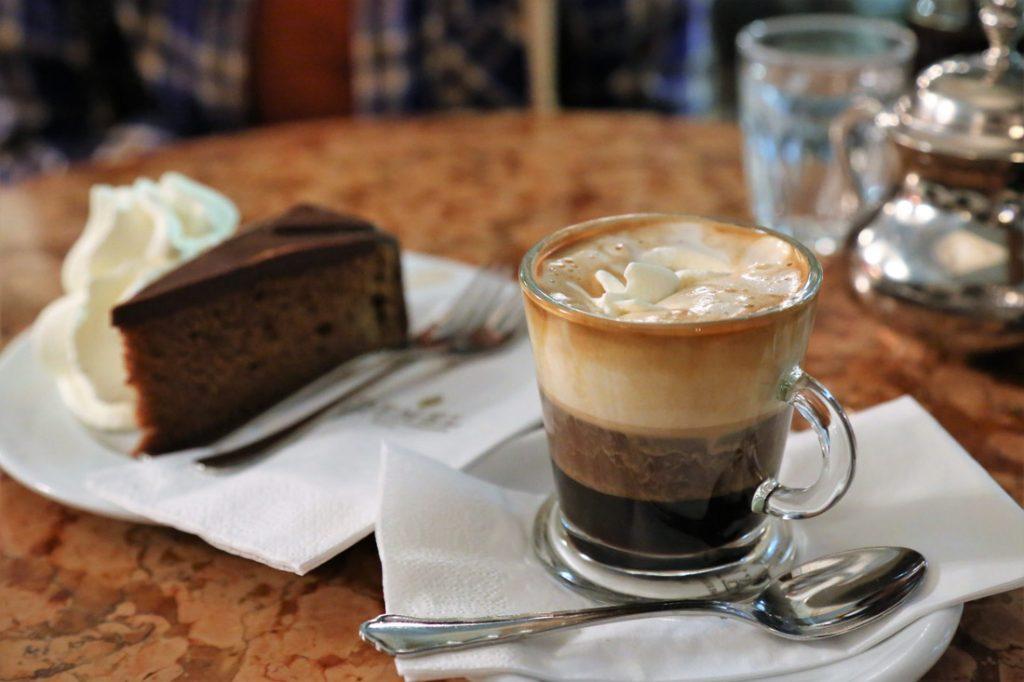 Sachertorte, hot chocolate, Vienna