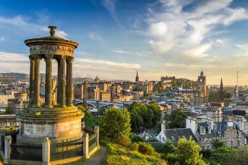 Scotland gifts idea, presents inspired by Scotland - Edinburgh landscape