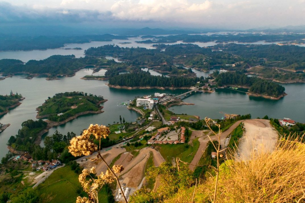 Guatape how to take an independent day trip to laguna de guatape
