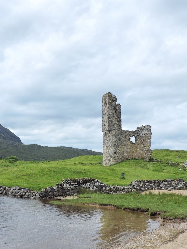 Ardvreck Castle, beach, sea, grass Scotland_