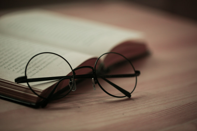 Harry Potter glasses and book