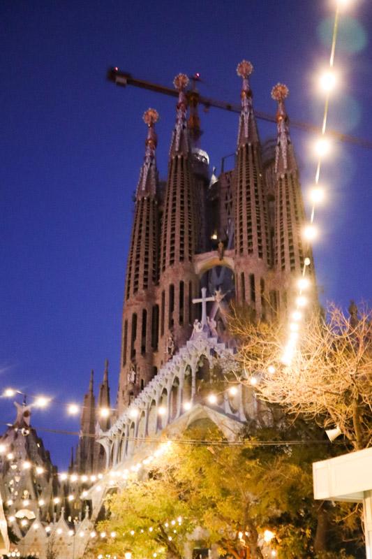 La Sagrada Familia Night