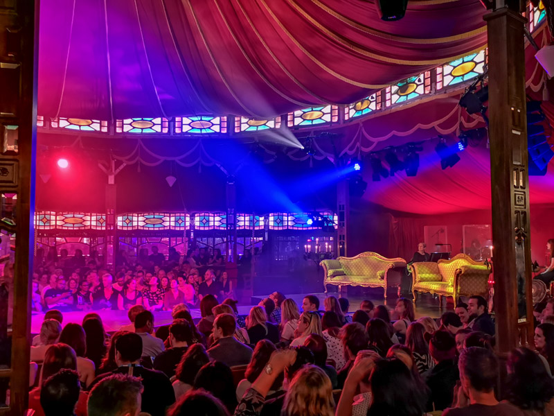 Spiegeltent Edinburgh Fringe with crowds_