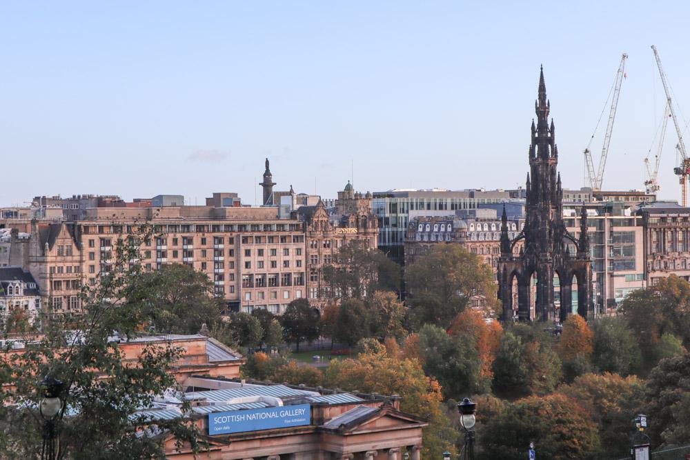 Where to Stay in Edinburgh_