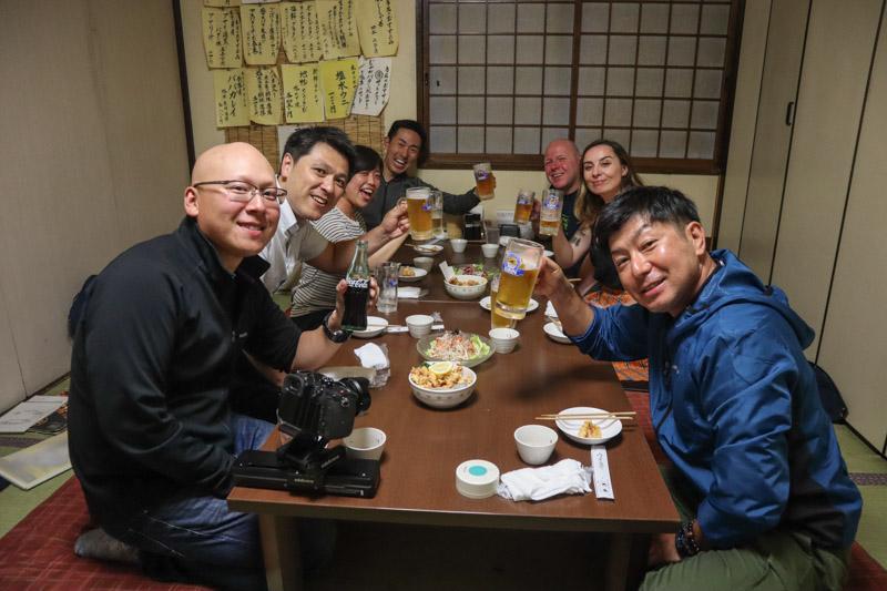 Group drinking at Izakaya Tenkin Asahikawa_
