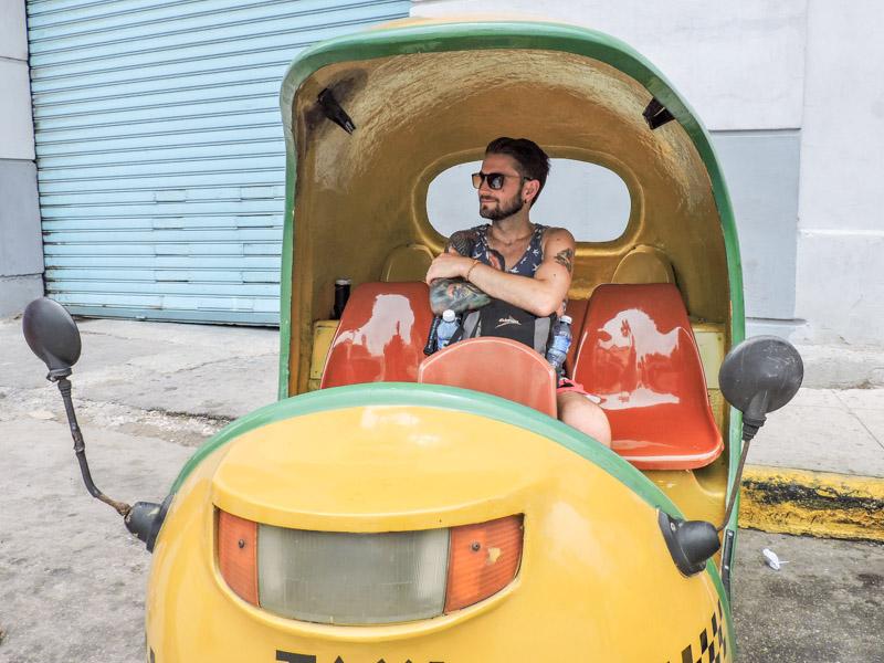 Taxi in Havana
