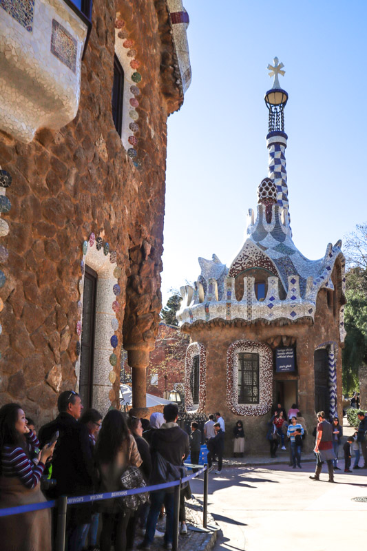 Park Guell Lines