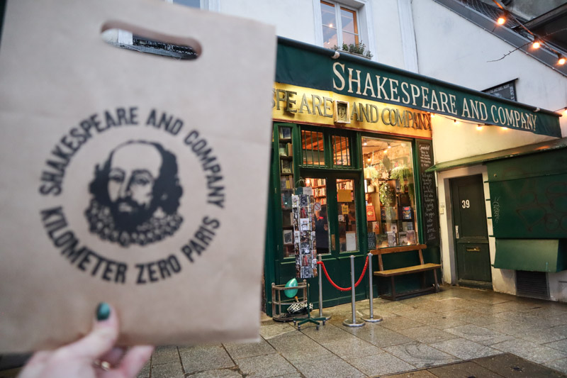 Shakespeare + company Shop Paris_