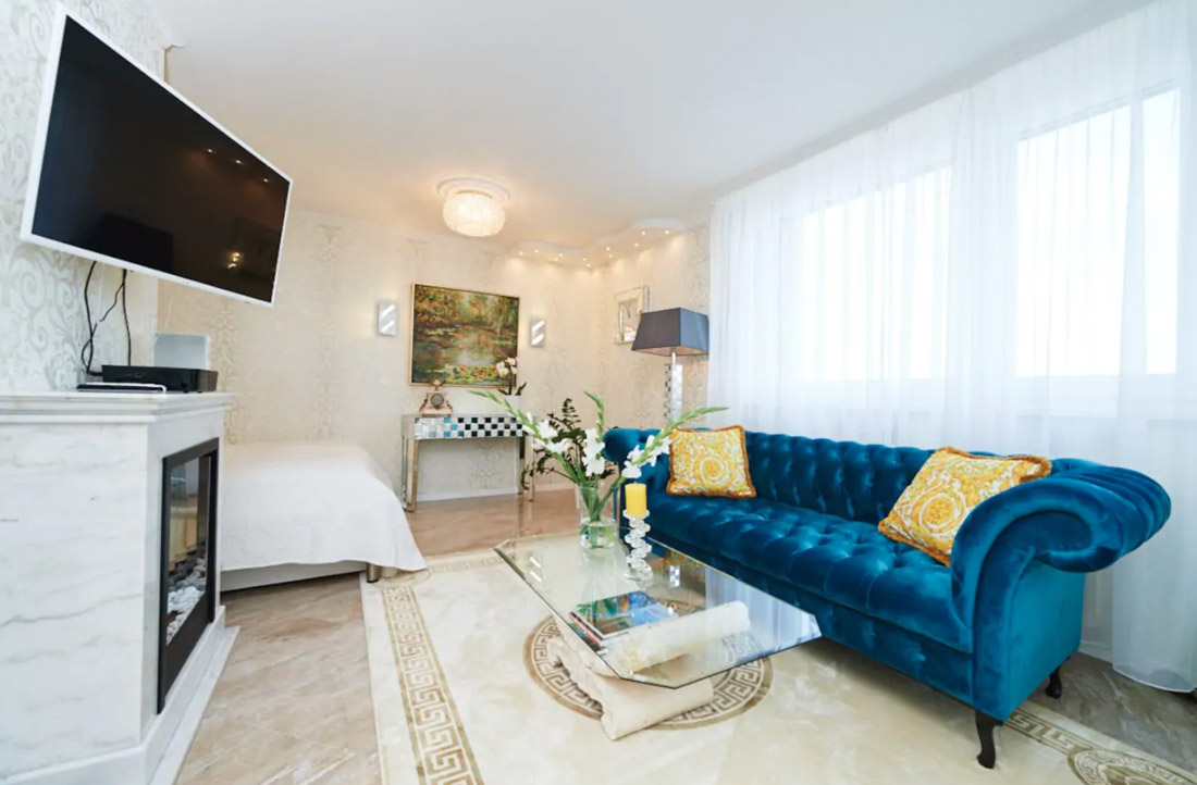 Luxury Vienna Lounge Room Blue Sofa White Decor